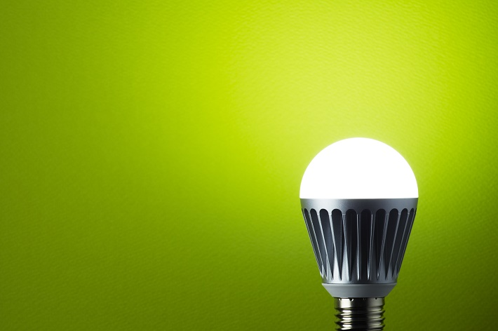 светится лампа